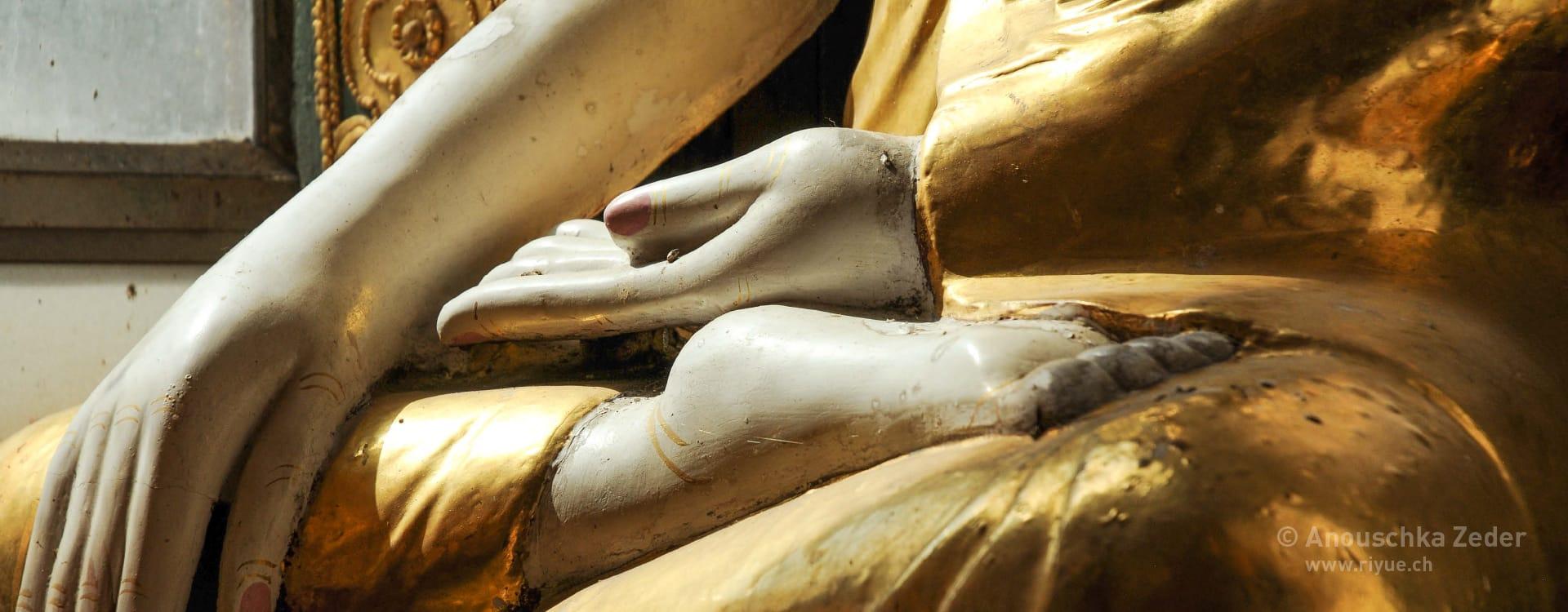 riyue – Fussreflexzonenmassage – Buddha Myanmar